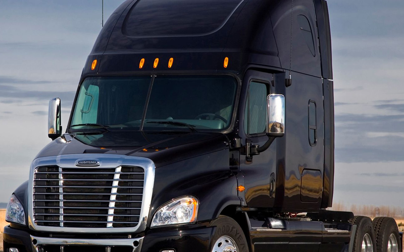 Semi Truck Glass & Windshield Repair