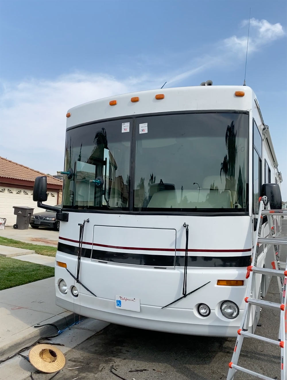 2006 winnebago horizon rv left and right windshield replacement