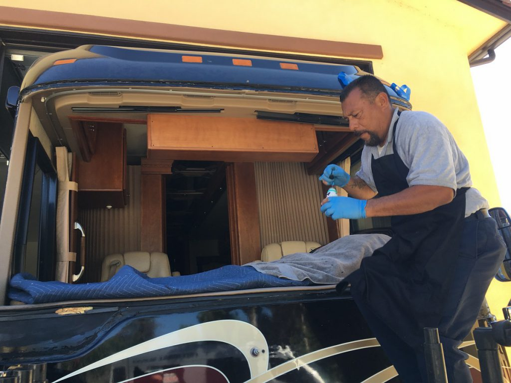 2016 American Eagle RV windshield installation