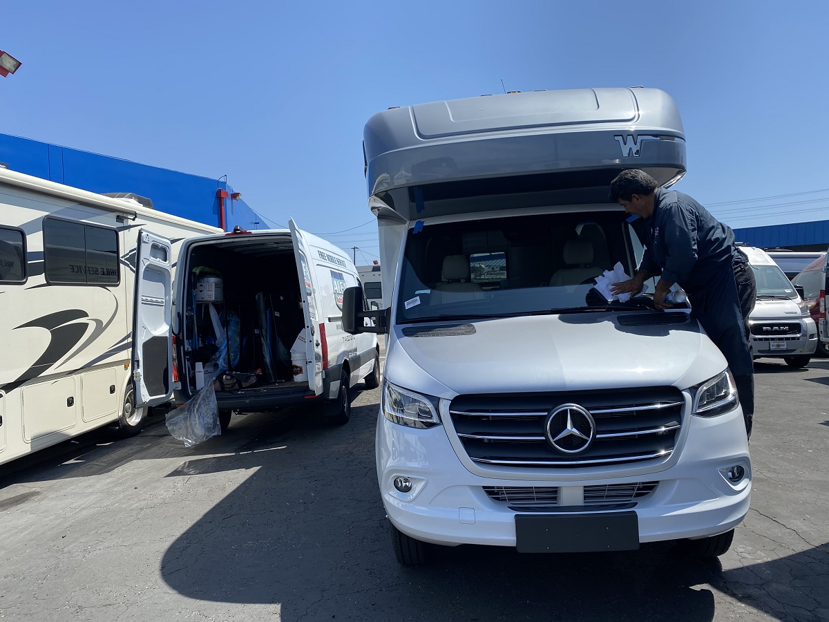 winnebago mercedes rv