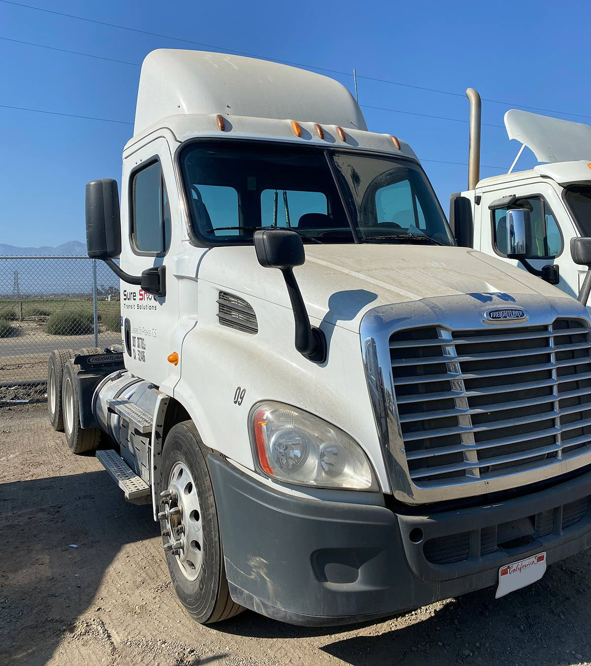 Freightliner Cascadia passenger side windshield replacement