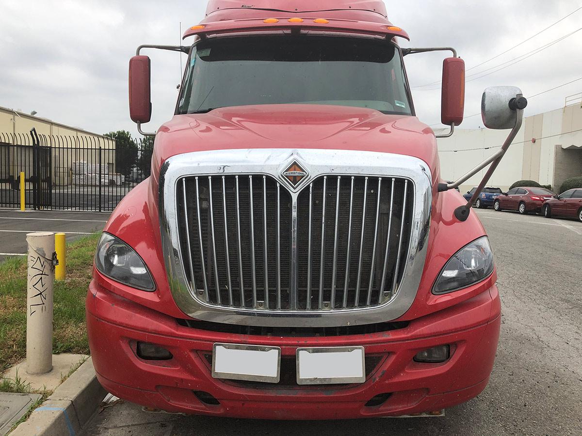 International semi truck windshield replacement