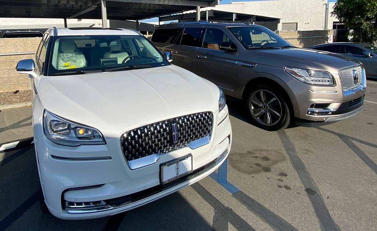 Lincoln Aviator SUV windshield replacement final